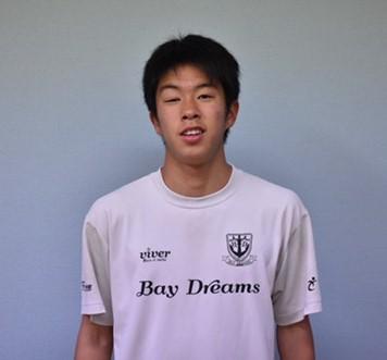 サッカーでスペイン留学する内田倖大選手